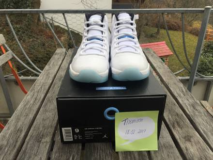 "Air Jordan 11 Retro ""Legend Blue"" US9 - photo 2/7"