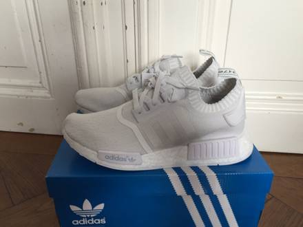 jbkhei NMD R1 white � Adidas at KLEKT