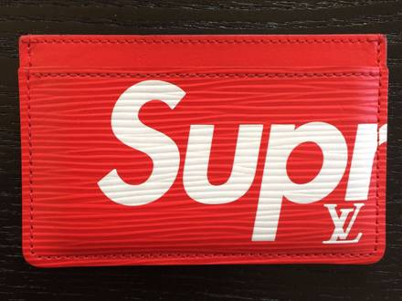 Supreme Louis Vuitton Cardholder - photo 1/8