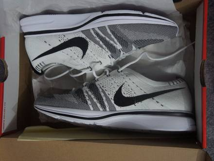 """Nike Flyknit Trainer OG White/Black """"The Return"""" - photo 1/8"""