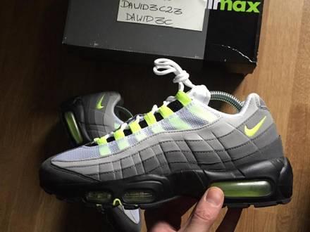 Nike Air Max 95 Neon OG CW - photo 1/6