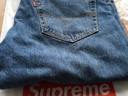 Supreme X Levi's jeans size 34 - photo 1/6