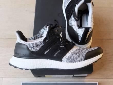 Adidas Ultra Boost SNS X Social Status (7us - 7.5us) - photo 1/8