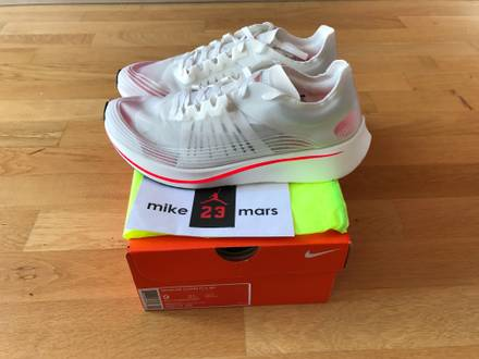 nikelab Zoom FLY SP Breaking 2 - photo 1/5