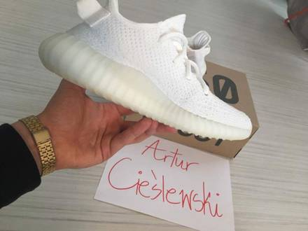 ADIDAS YEEZY TRIPLE WHITE 350 v2 CREAM 4US - photo 1/5