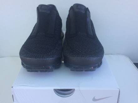 Nik Air Vapormax CDG <strong>Comme</strong> <strong>des</strong> <strong>Garcons</strong> - photo 1/8