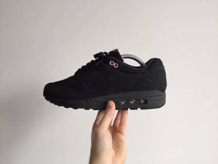 Nike Air Max 1 Wmns Black Perfect Pink EU 41 - photo 1/7