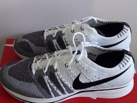 Nike Flyknit Trainer white/black sz 45 eu / 11 eu / 10 uk DS - photo 1/6