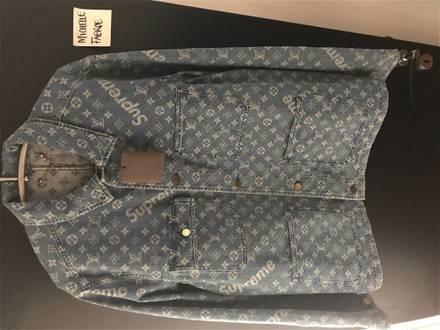 Louis Vuitton x Supreme Denim Barn Chore Coat - photo 1/5