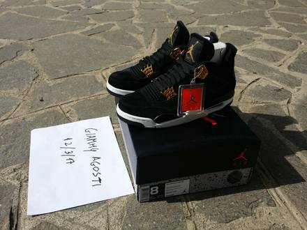AIR JORDAN 4 RETRO ROYALTY SIZE 8US 41 EUR - photo 1/6