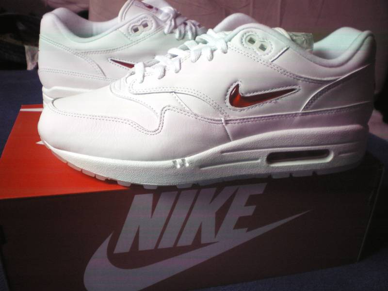 new product a8256 5f2e2 ... NIKE AIR MAX 1 JEWEL PREMIUM SC RUBY RED EU 42 UK 7,5 US ...