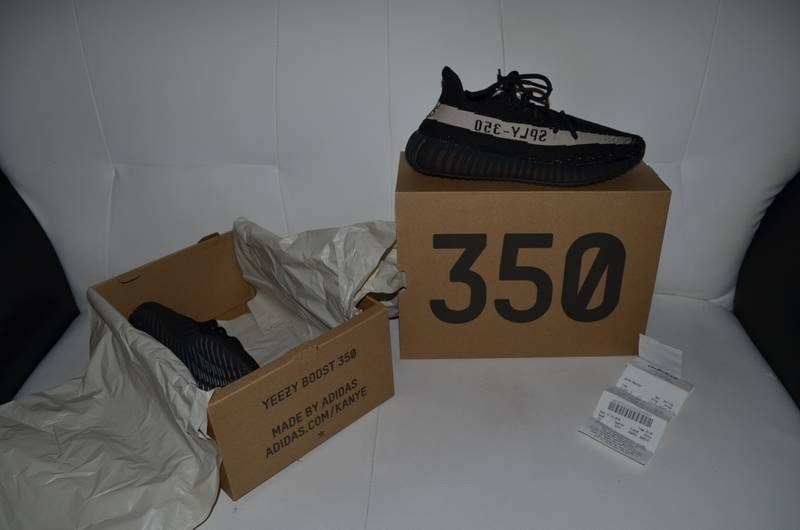 Adidas Yeezy Boost 350 V2 Black/White Size: US: 8.5 EU: 42. BY1604 - photo 5/8