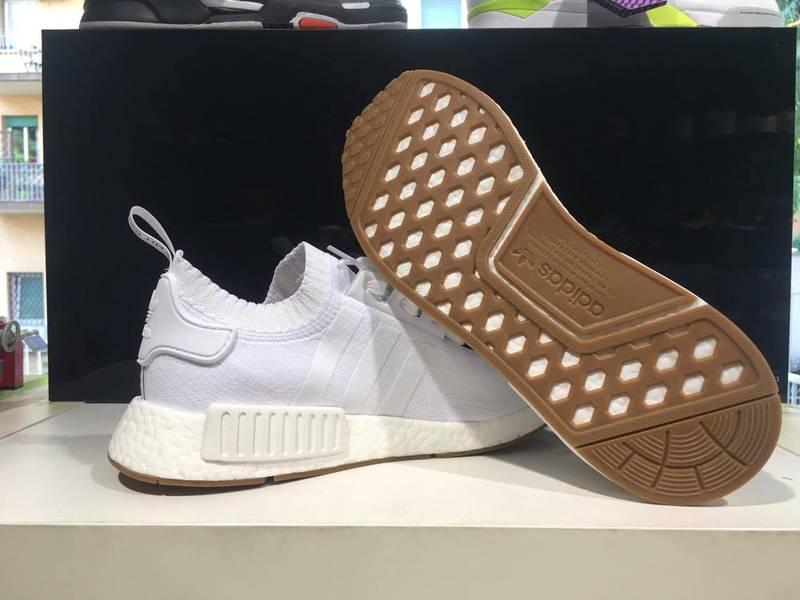 adidas NMD R1 Glitch Mens Bb2886 Grey White Mesh Boost