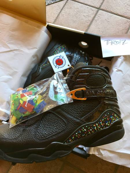 "AIR JORDAN 8 RETRO C&C ""CONFETTI"" - Size 10 - New DS condition - photo 3/5"