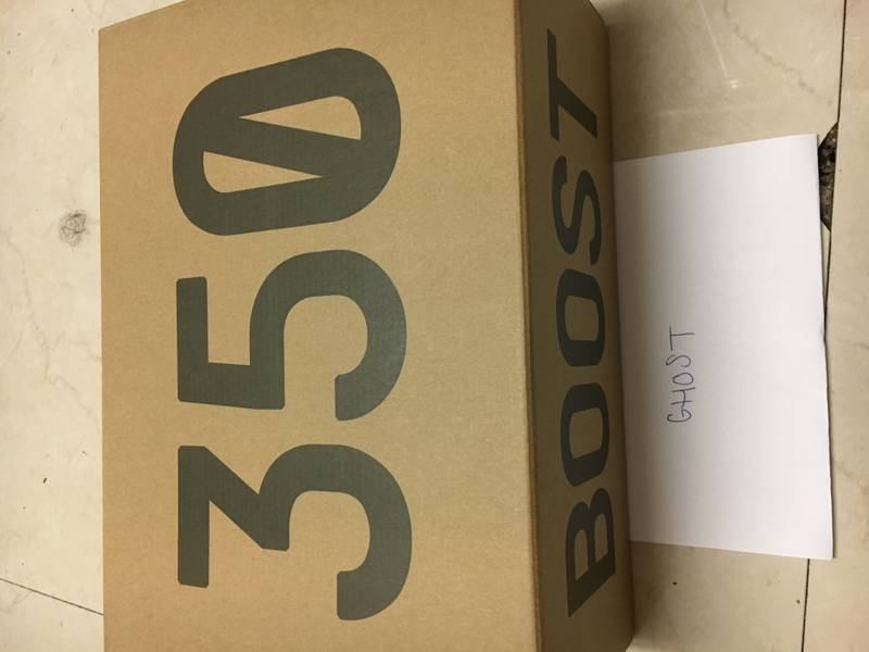 Men's Adidas Yeezy 350 Boost V2 UK8 Brand New Boxed - photo 4/6