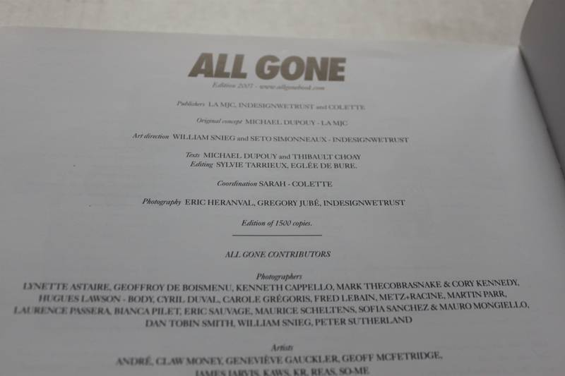 All Gone 2007 Book Colette La MJC Supreme Kaws - photo 4/5