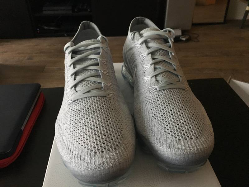 Nike Air VaporMax Flyknit Pure Platinum Womens