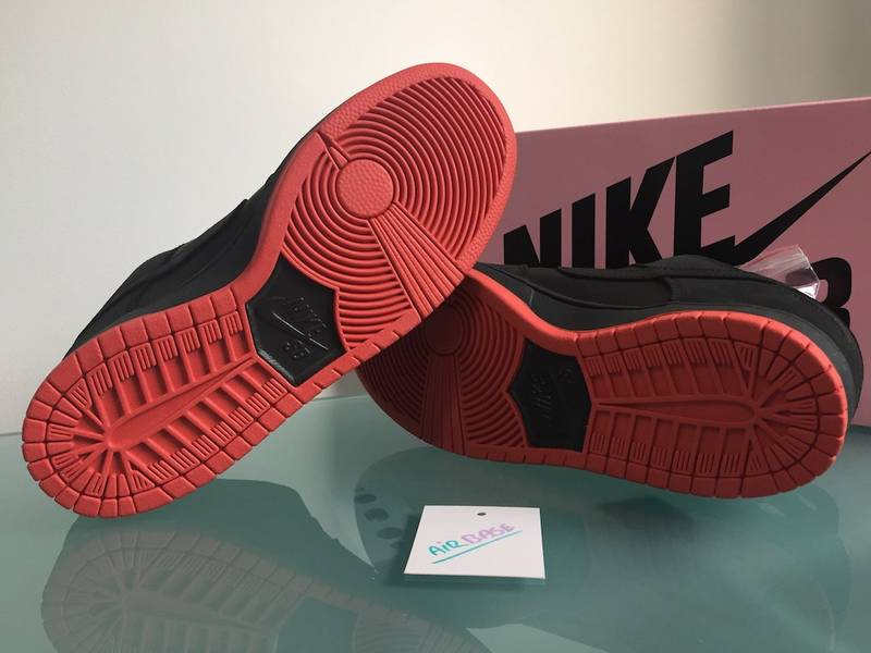 Nike SB Dunk Low US7.5 Staple 'Black Pigeon' - photo 5/7
