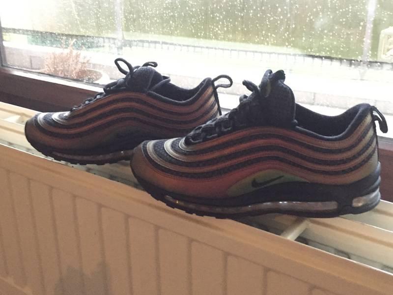 148cb7eb278d6 Nike Air Max 97 Women s Shoe. Nike SA