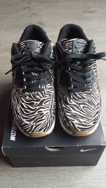 watch 19338 3e3b8 ... nike air max 90 id animal zebra photo 3 5 .