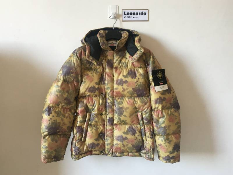Stone Island X Supreme Lamy Cover Stampato Puffy Jacket - photo 1/8
