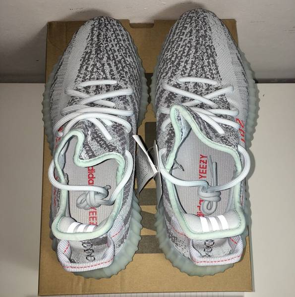 I BOUGHT the ADIDAS YEEZY 350 BLUE TINT! ARE EARLY YEEZYS