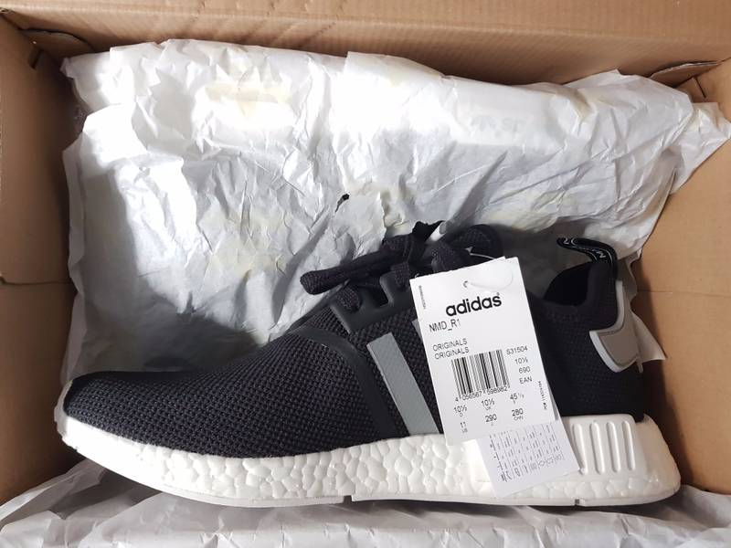 Search / adidas nmd r1 tri color black Mogol Pos