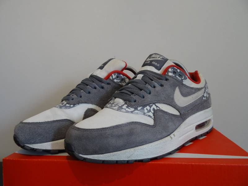 official photos 34c9c bea0c ... sweden weiß grau snow leopard nike air max 1 snow leopard photo 2 7c917  141a8 ...