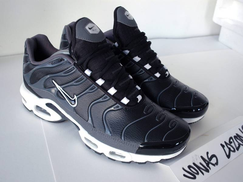 check out 2b145 e6582 nike air max plus leather