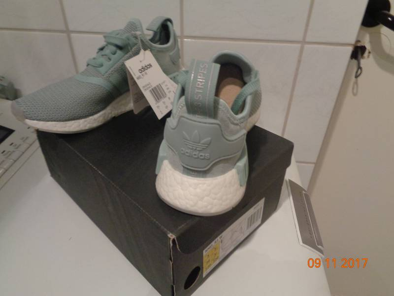 NEW Adidas NMD W R1 F36 US5 JD Sportx excl. Teal grey bluegreen CQ1877 - photo 4/5