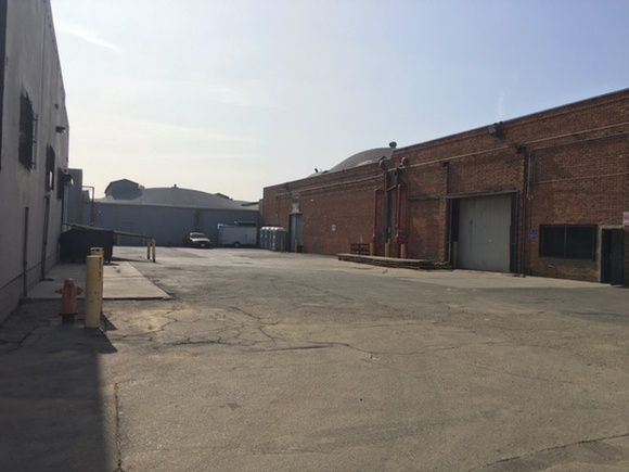 Warehouse exterior space with a brick wall. Available 7 days a week from 7AM to 7PM. Additional cleaning fee depending on the type of production. IMPORTANT. Week day rate: 1 hr only - $300, Hr rate (from 2 to 4 hours) - $200, 5 hr rate 8AM-12PM - $800, 5 hr rate 2PM-7PM - $800, 8 hr rate 8AM-4PM - $1500, 11 hr rate 8AM-7PM - $1900. Week end rate: 5 hr rate 8AM-12PM or 2PM-7PM - $1500, 8 hr rate 8AM-4PM - $1900, 11 hr rate 8AM-7PM - $2500.