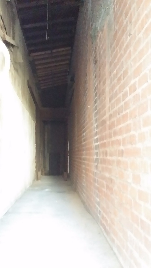 165 ft long tunnel 5 ft wide. One side is concrete wall, the other side is antic brick wall. Sealing is with antic exposed trusts and 20 Ft. high. Available 7 days a week from 7AM to 7PM. Additional cleaning fee depending on the type of production. IMPORTANT. 1 hr only - $300, Hr rate (from 2 to 4 hours) - $200, 5 hr rate 8AM-12PM - $800, 5 hr rate 2PM-7PM - $800, 8 hr rate 8AM-4PM - $1500, 11 hr rate 8AM-7PM - $1900.