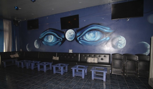 Night venue - hookah lounge. Rooms available: restrooms, storage, prepping room, lounging room, kitchen. Note: commercial rate starts at $300, but can go up depending on the scale of the production.  Business hours: Sun-Thu (8pm-2am), Fri-Sat (9pm-4am). Closedown is allowed on Sun-Wed starting at $400 plus rate, Thu-Sat starting at $1200 plus rate.