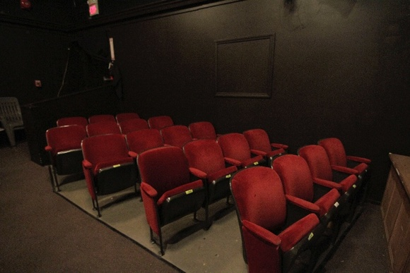 Town theater. Kitchen and Lobby area, 99 Seats, Easy Parking, Air Conditioning.