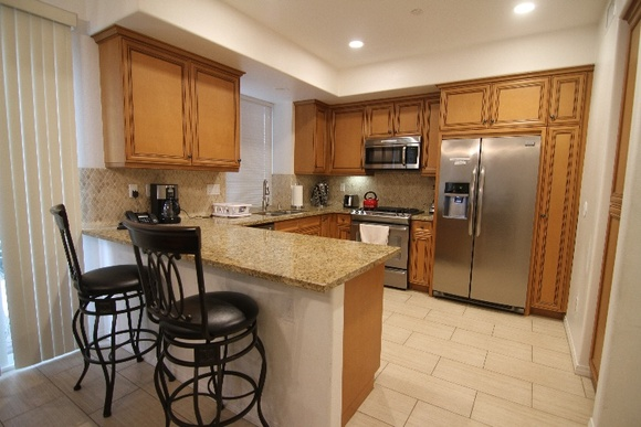 2 Story 4 Bedroom, 2 and a half bathroom house with garage. IMPORTANT: WITH 3 DAY MINIMUM RESERVATION Student Rate is $500/day, Independent is $600/day, Commercial is $750/day.