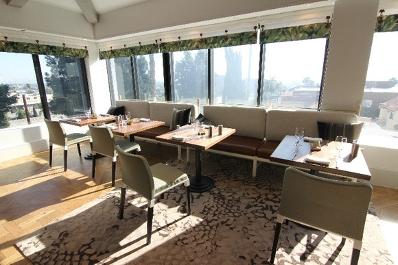 Sophisticated, Elegant, Modern Luxury Restaurant. Rates stated apply before 6 PM. To film after 6 PM - the flat rate is $1750 for any production type.