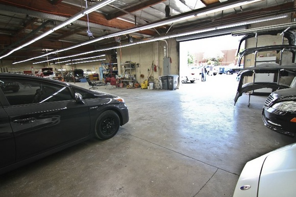Modern Auto Body Shop & Repair Shop                                                 PLEASE NOTE: Stated rates - ONLY FOR FILMING ON SUNDAYS
