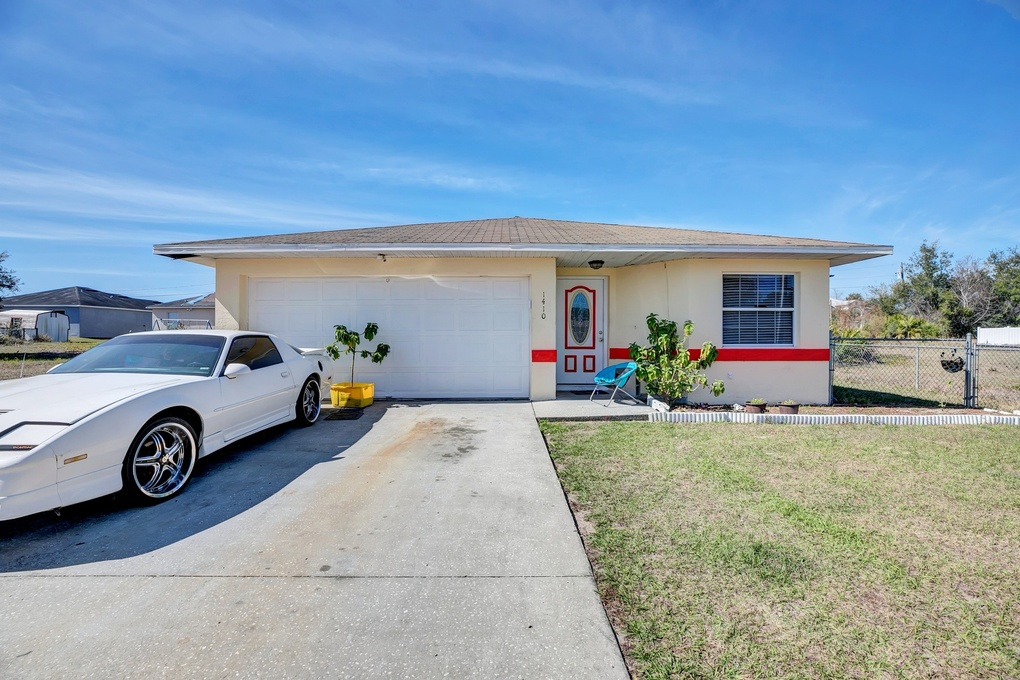 Exterior photo for 1410 Kissimmee Ct Kissimmee fl 34759