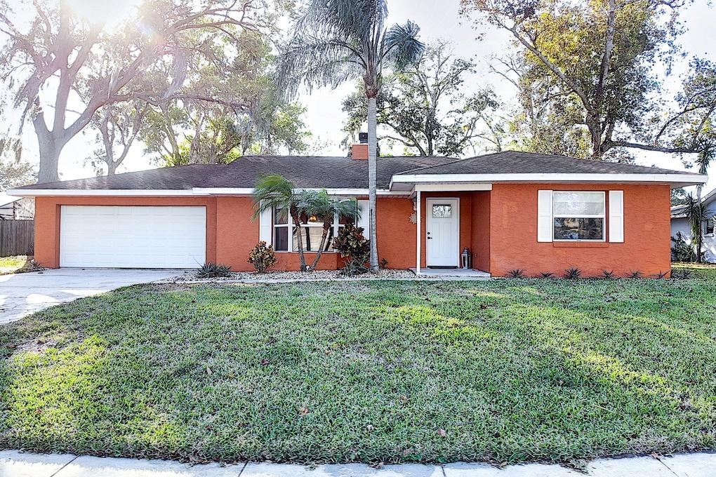 Exterior photo for 950 Tall Pine Dr Port Orange fl 32127