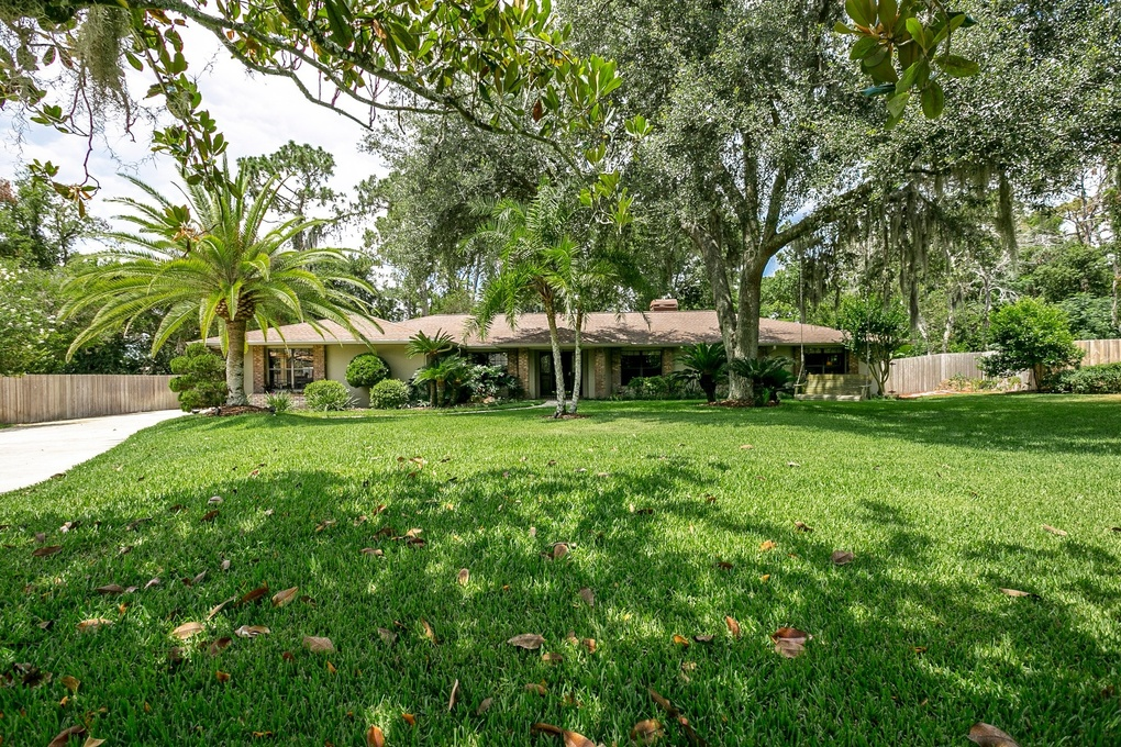 Exterior photo for 209 Barry Court longwood fl 32779