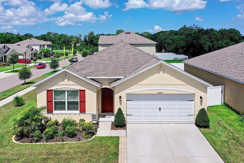 Exterior photo for 10671 PARK MEADOWBROOKE DRIVE Riverview fl 33578