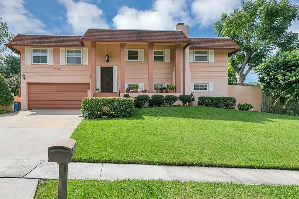 Exterior photo for 774 Little Wekiva Circle Altamonte Springs fl 32714