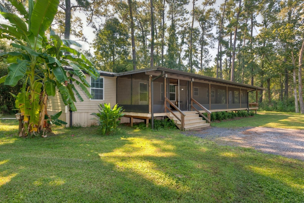 Exterior photo for 8471 Moncrief Dinsmore Rd Jacksonville fl 32219