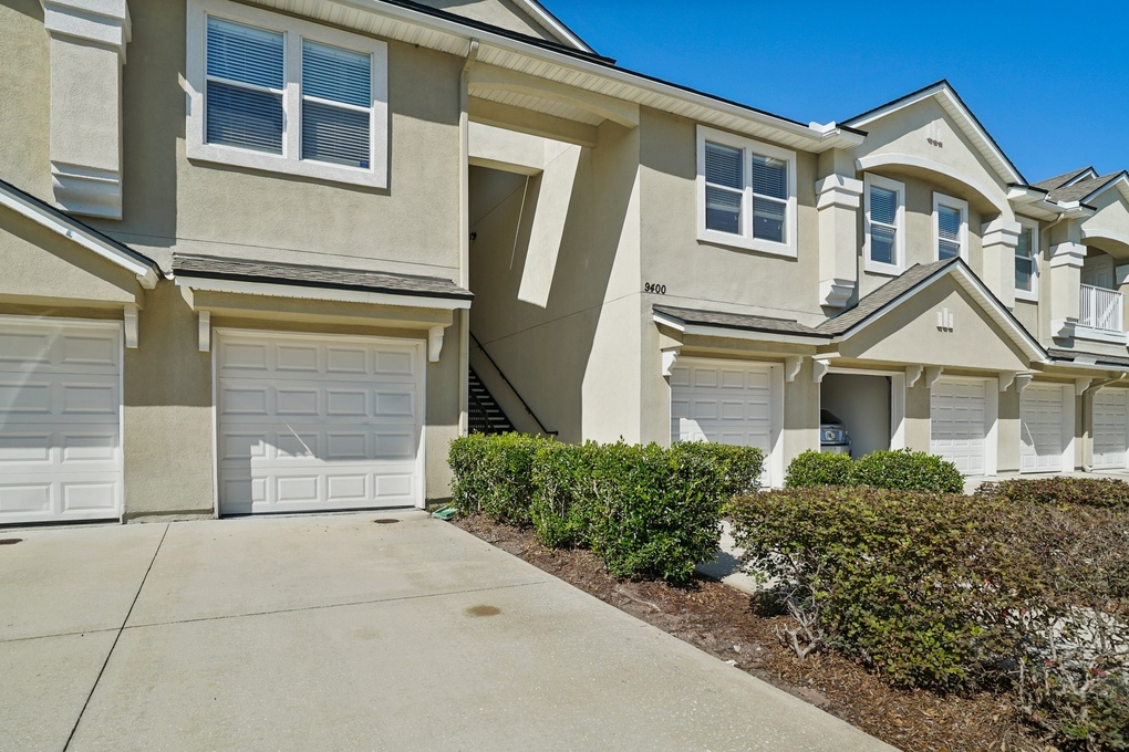 Exterior photo for 9400 Underwing Way Unit 9 Jacksonville fl 32257