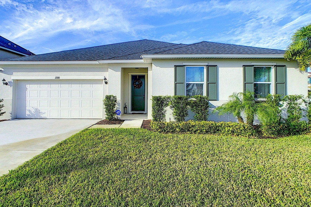 Exterior photo for 12100 Carson Dr Orlando fl 32824