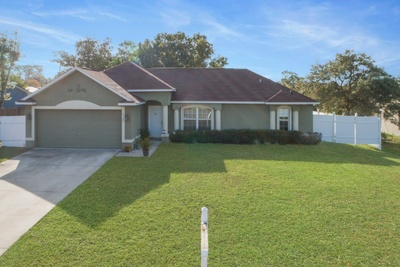Exterior photo for 3155 Telford Ln Deltona fl 32738