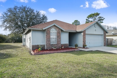 Exterior photo for 6976 Huntington Woods Cir E Jacksonville fl 32244
