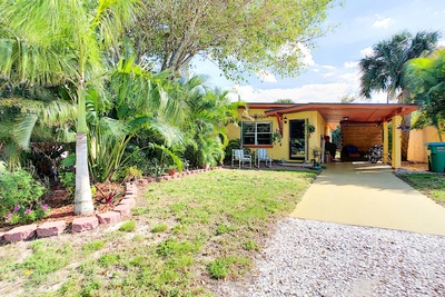 Exterior photo for 211 Jefferson Ave Cape Canaveral fl 32920