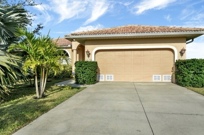 Exterior photo for 16170 Trading Post Rd Punta Gorda fl 33955