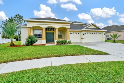 Exterior photo for 22704 Laureldale Dr Lutz fl 33549